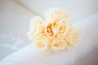 Rózsaköteg krém színben 7 szálas