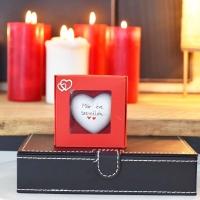 Valentin napi szív ajándék dobozban 9x9x3,5cm Már...éve szeretlek..