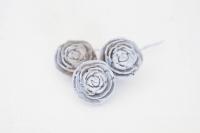 Kézzel gyártott rózsa 3 cm-es szürke 3db v
