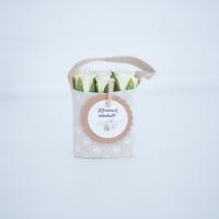 Bézs natur lenvászon kistáska fehér minirózsával, 11x6 cm Köszönet mindenért!