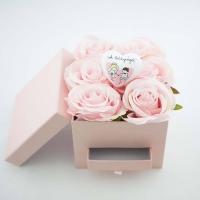 Pénztartó doboz selyem rózsával