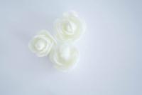 Polifoam rózsa 3db törtfehér