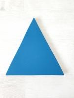 Színes, fűzhető háromszög falidekoráció 17cm Választható színben és darabszámban.