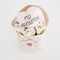 Bézs natur lenvászon kistáska fehér minirózsával, Ped.asszisztens 11x6 cm púder szívvel