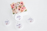 Virágdoboz 13x13x5cm rózsaszín boglárkával